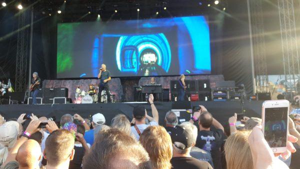 Die Deep Purple Show im Sparkassenpark in Mönchengladbach. Foto Heinz Stanelle
