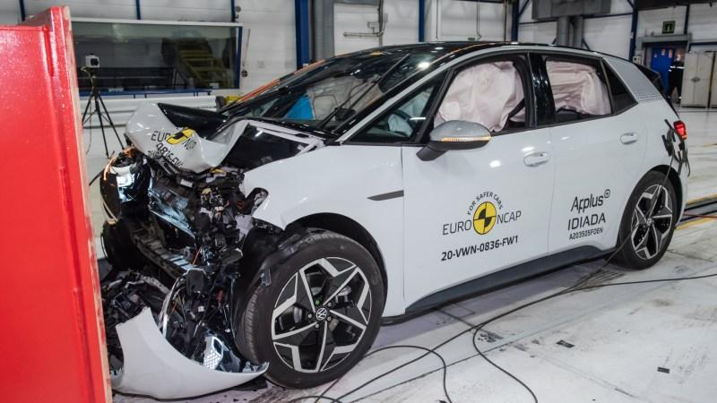 Autofahrer erleben im Schnitt alle zehn Jahre eine Reifenpanne