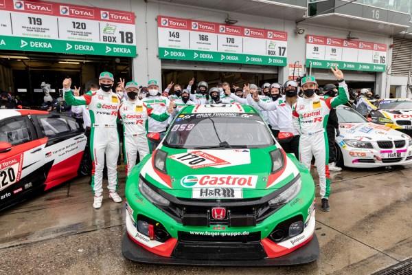 Das Honda-Team freut sich auf das 24-Stunden-Rennen am Nürburgring. © Thorsten Weigl / Honda