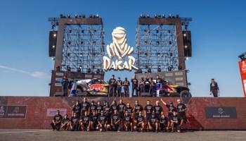 Große Bühne für die Sieger der Rallye Dakar. © X-raid / TRD mobil