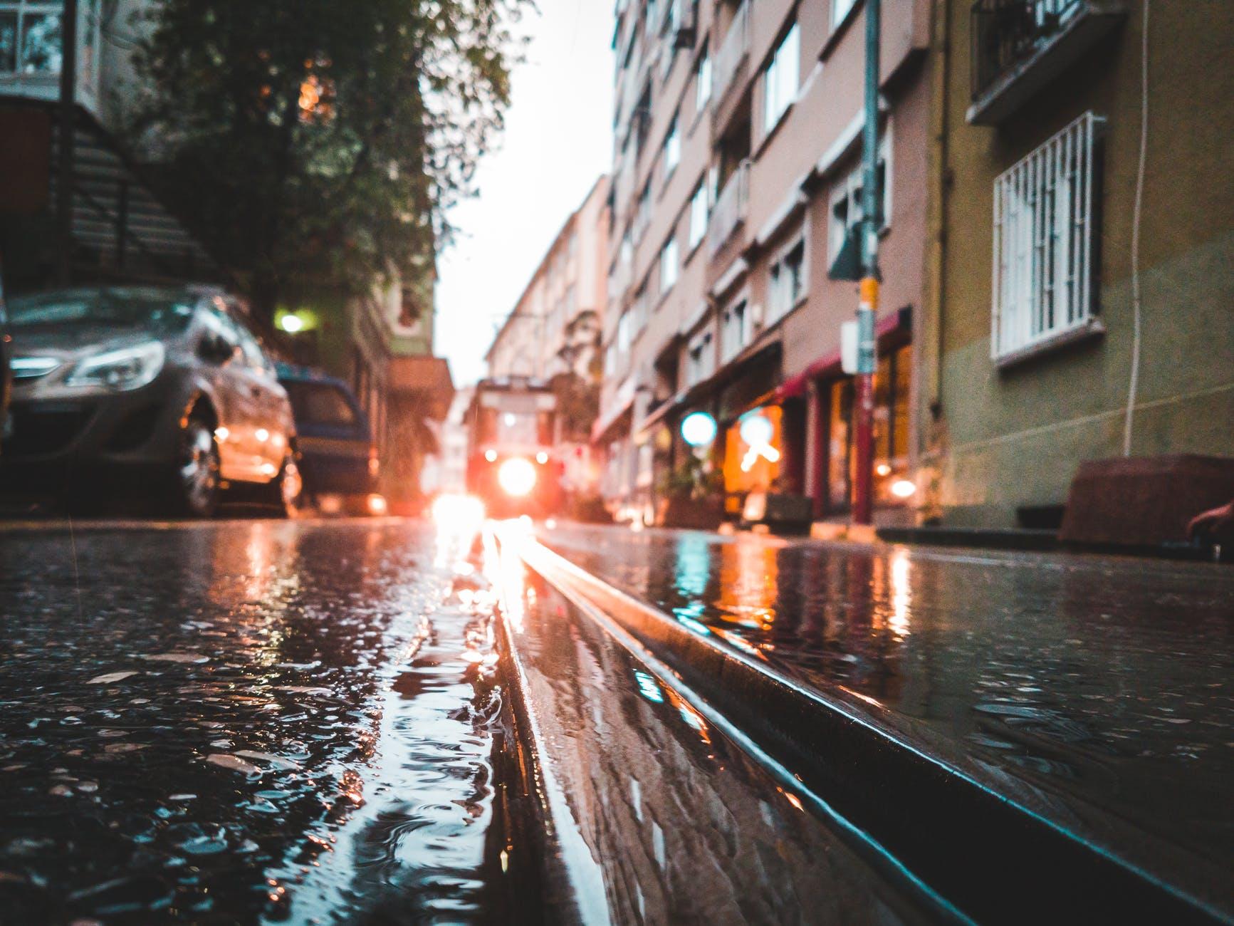 Hochwasserschäden an Gebäuden sind nicht mit Wohngebäude- oder Hausratversicherung abgedeckt