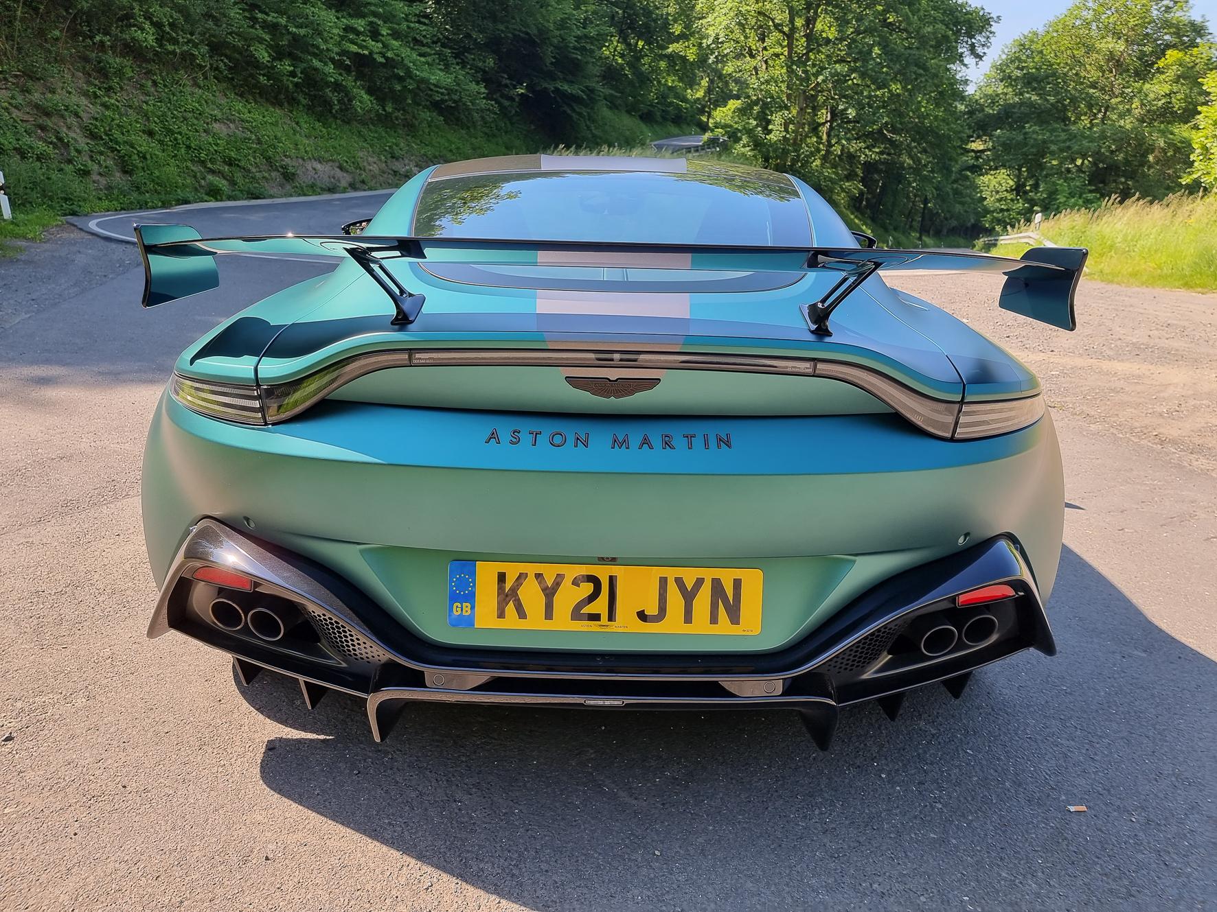 Vor dem Upgrade ist nach dem Upgrade: Die Aston Martin Vantage F1 Edition