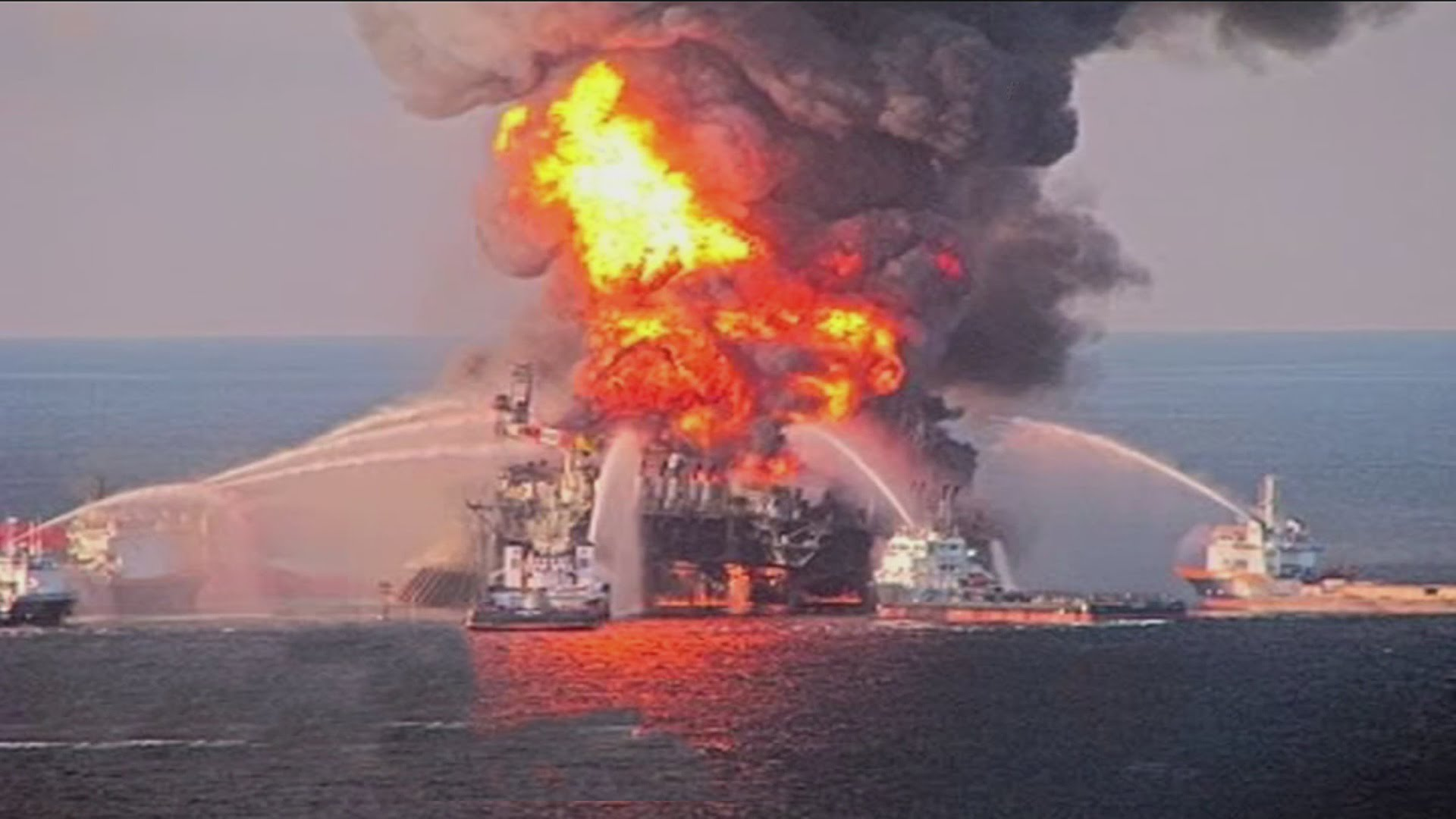 piper alpha incident At least 32 dead in worst offshore disaster since piper alpha - oil and  the  incident in the caspian sea yesterday happened on platform 10.