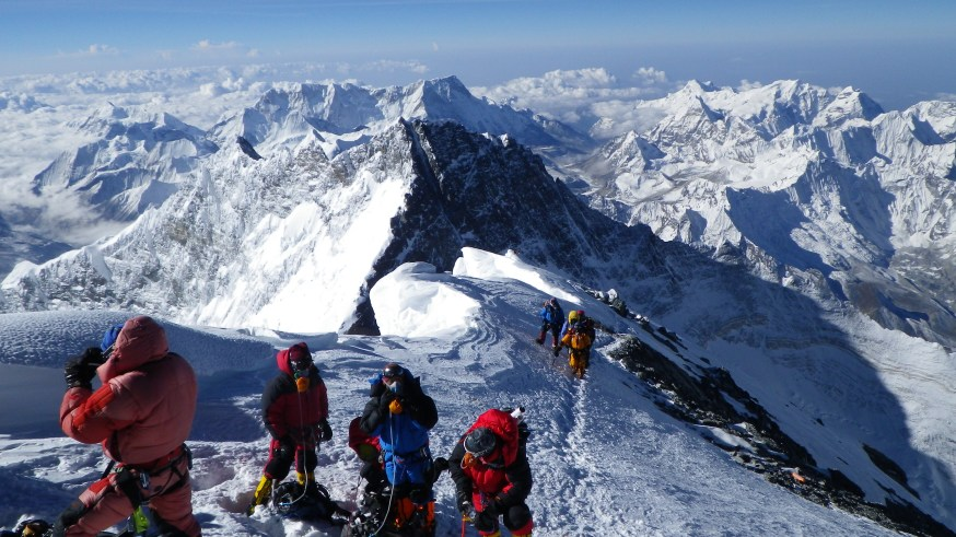 Everest Summit © Grant 'Axe' Rawlinson