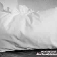vintage weißes Kissen