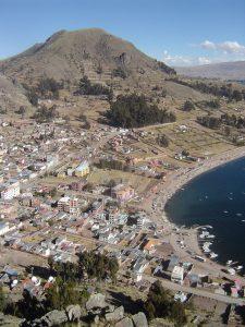 A view of Copacabana below from the top of Cerro Calvario.