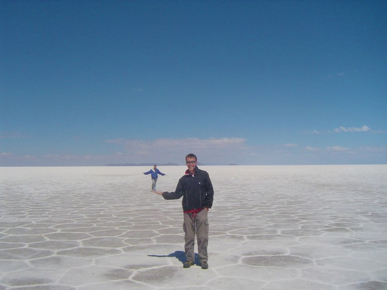 With the expansive salt flat of Uyuni, you can create interesting photos through perspective!