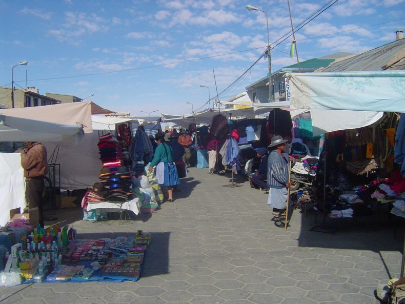Early morning market in Uyuni.