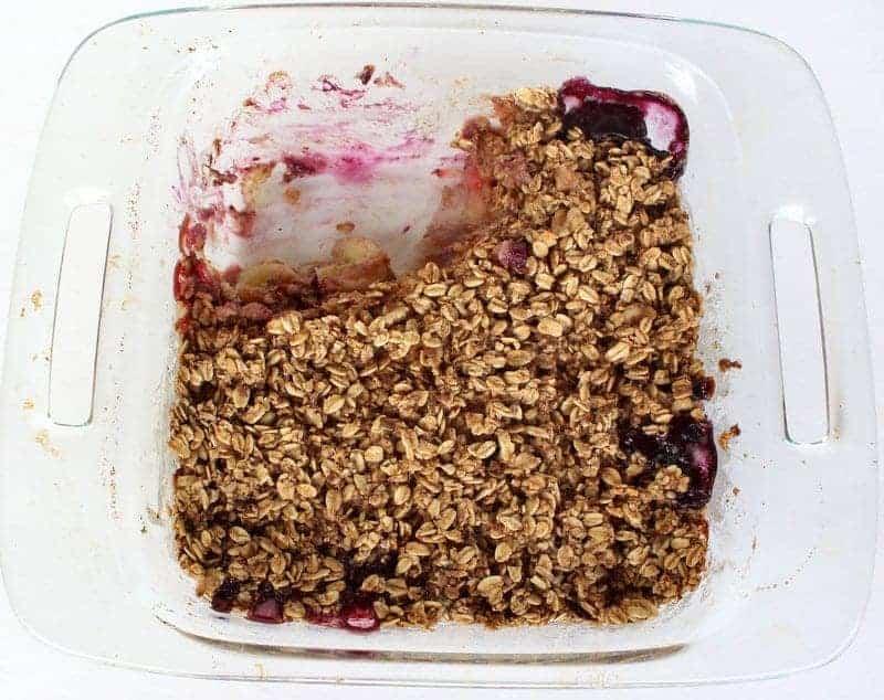 Berry Oatmeal Breakfast Bake