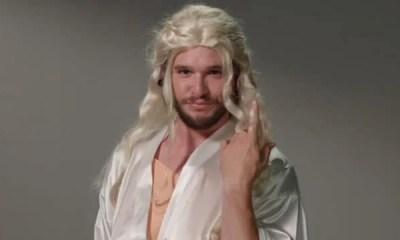 O ator que interpreta o personagem Jon Snow em Game of Thrones participou de uma esquete satirizando outros personagens da série. Confira!