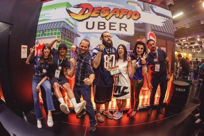 Desafio Uber reúne famosos, dentre eles Caio Castro.