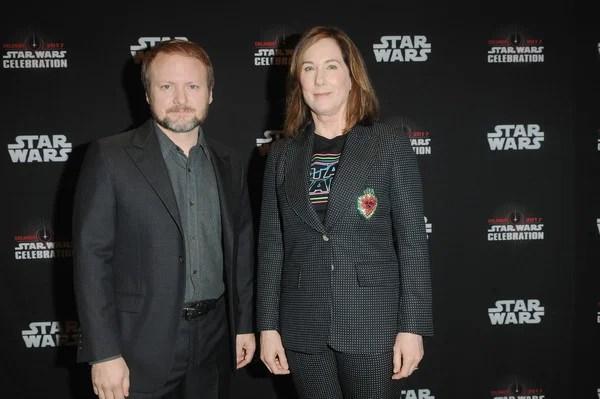 Rian Johnson vai criar uma nova trilogia de Star Wars. Entenda