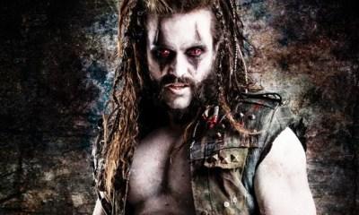 Emmett J. Scanlan aparece caracterizado como personagem Lobo em Krypton