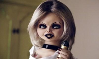 Jennifer Tilly, a 'noiva de Chucky', desaprova reboot de Brinquedo Assassino. Confira!