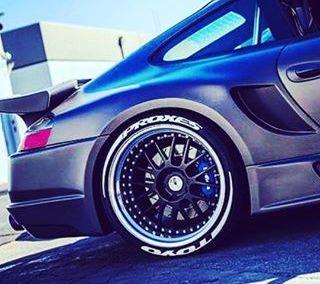 toyo tires r888 с белыми буквами