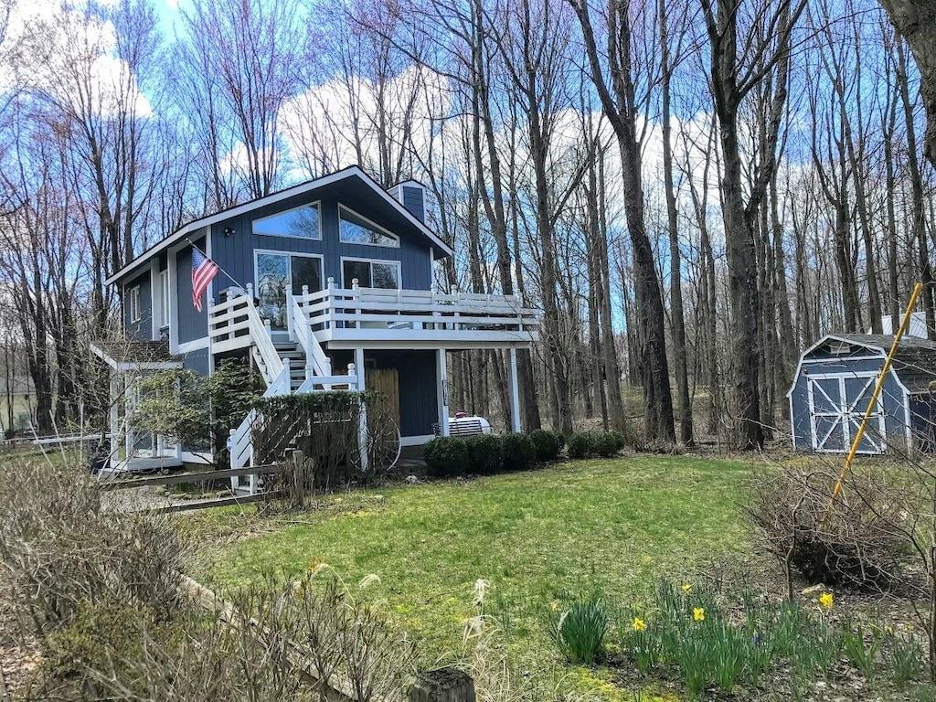 Beautiful Cottage Treehouse Lake Michigan