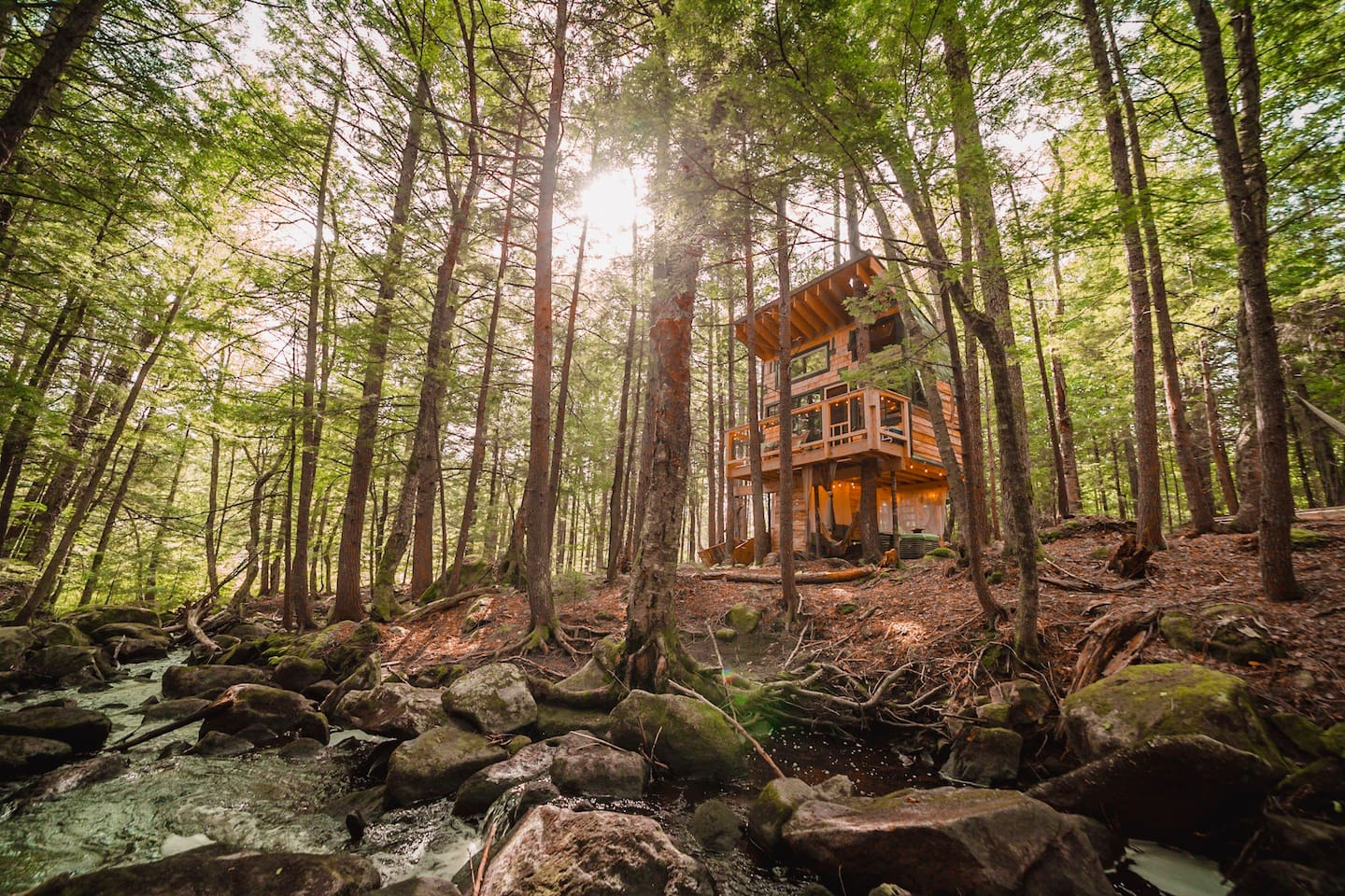 Lovely Treehouse in the Woods next to Stream