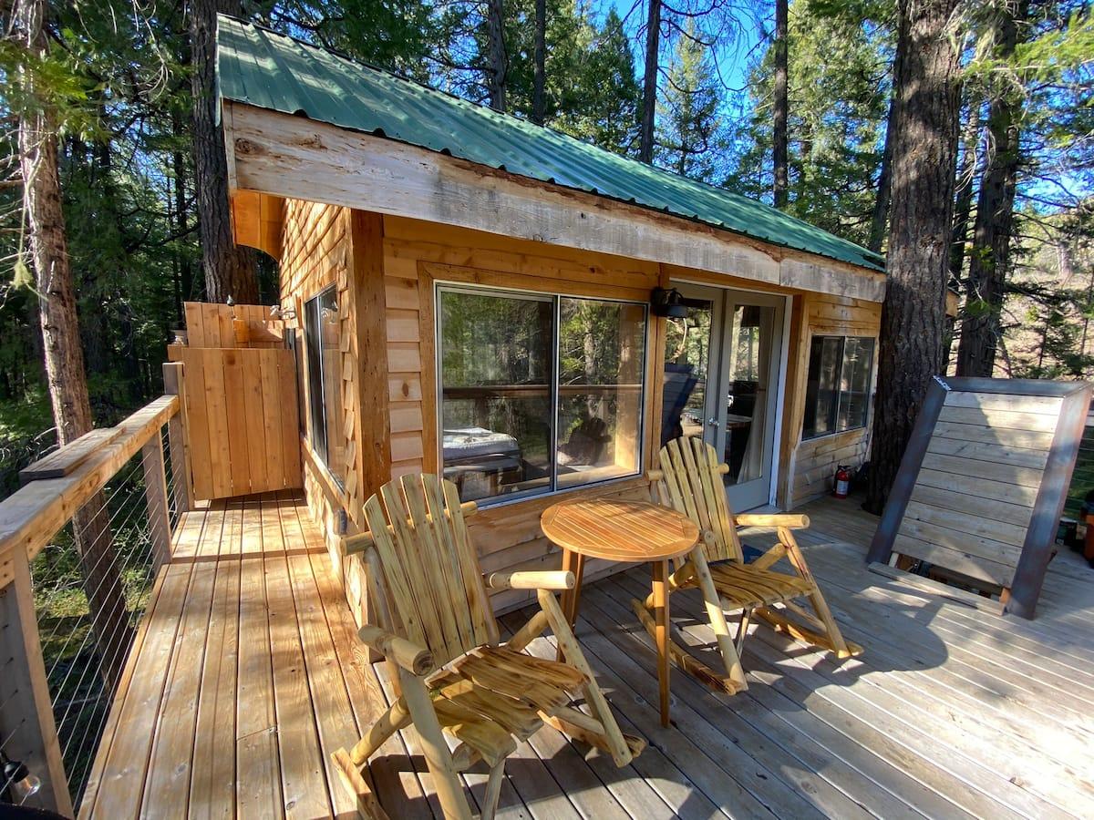 The Treehouse at Farwood Retreat Oregon