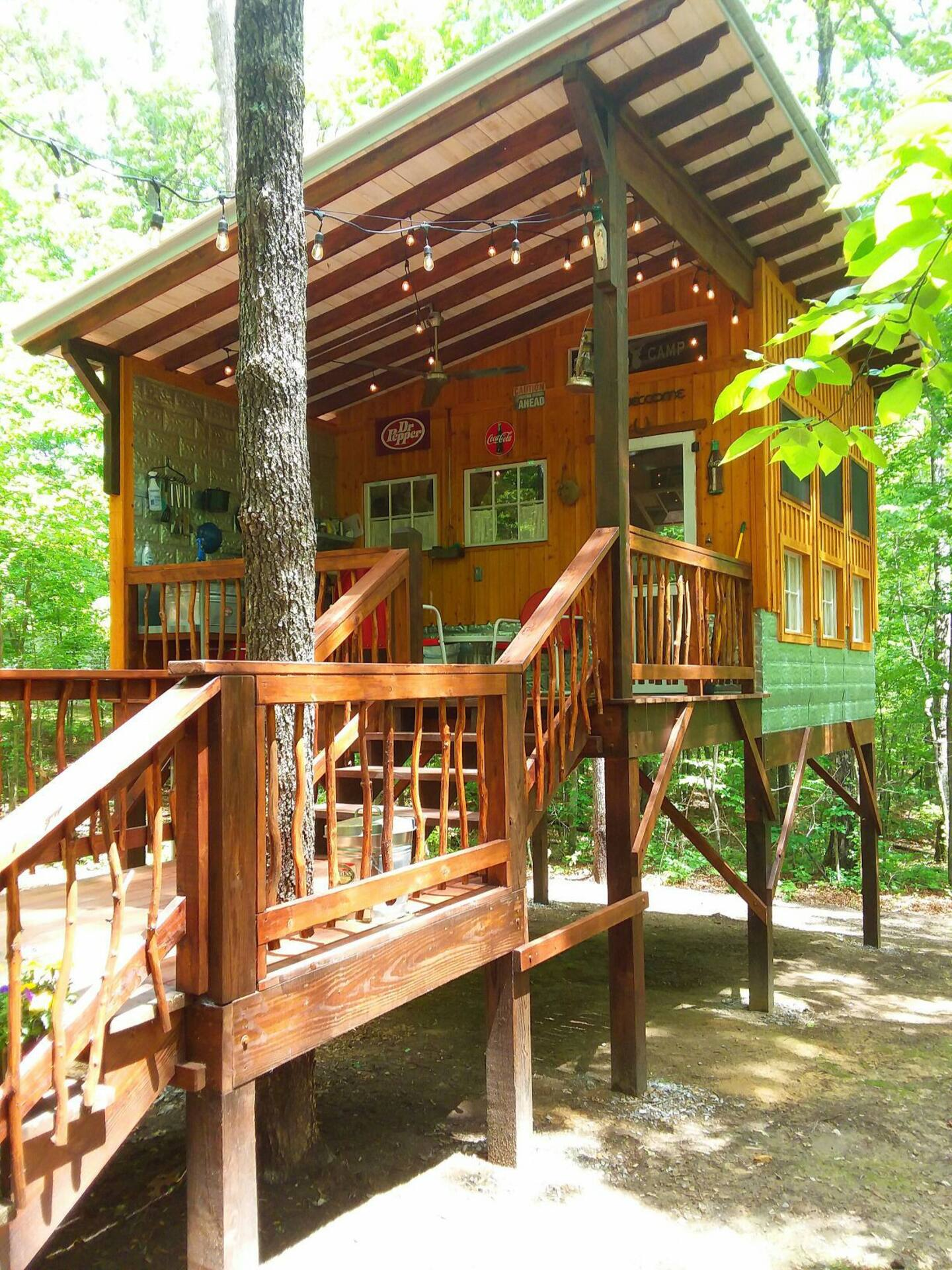 Treehouse Glamping at Deer Camp