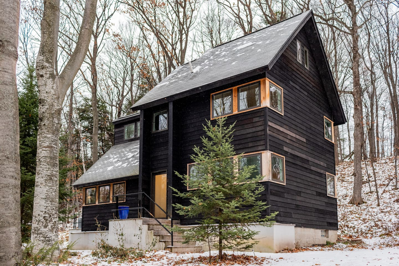 Wayfarer Treehouse Michigan RentalWayfarer Treehouse Michigan Rental