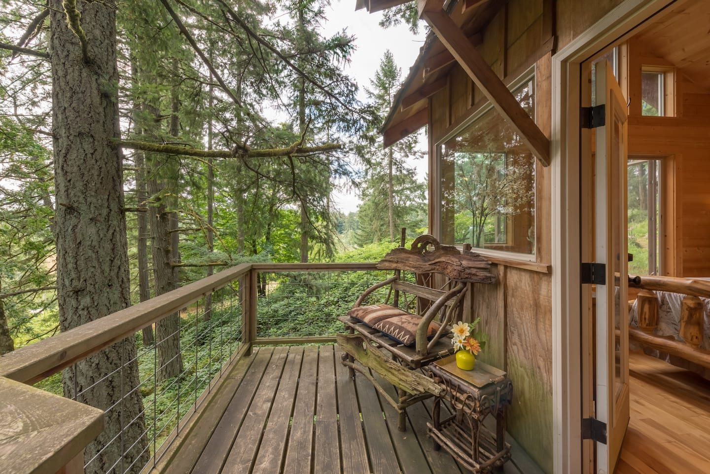 Wine Country Oregon TreeHouse Airbnb