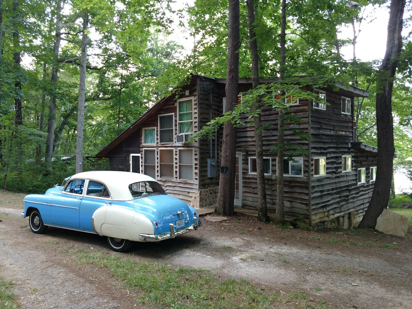 treehouse rentals tennessee airbnb