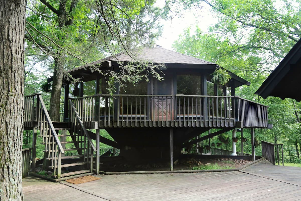 The Tree House By Camp Caitlin PA