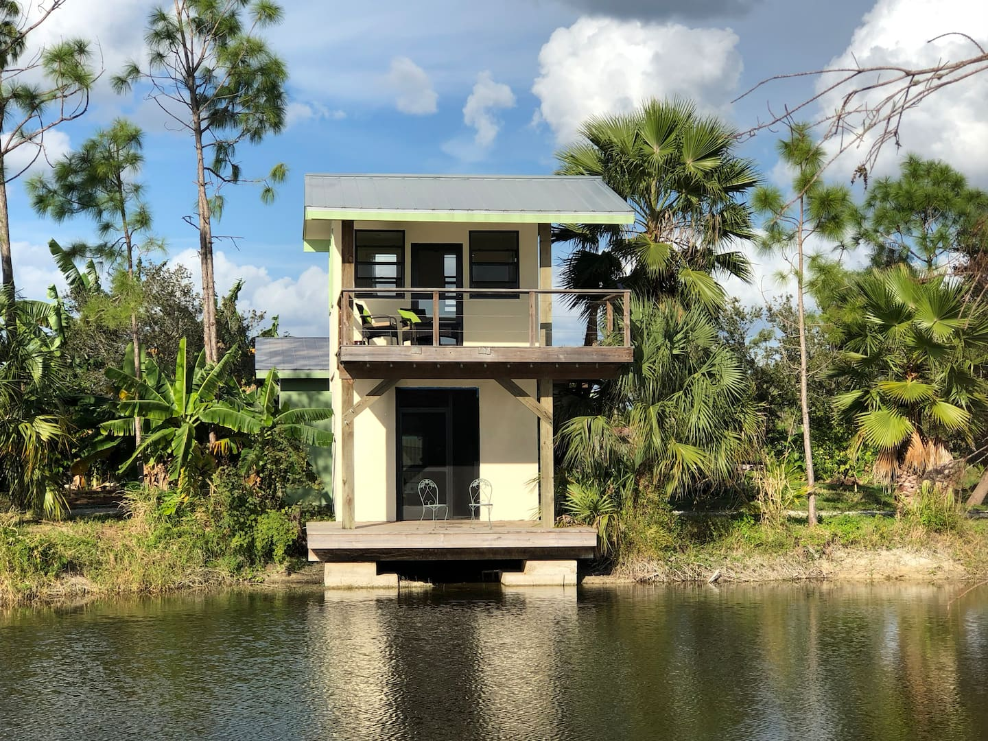 Treehouses in Florida Naples Lakefront bungalow