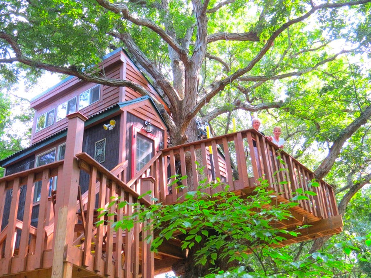 Gorgeous Tree House near Shawnee National Forest, Illinois