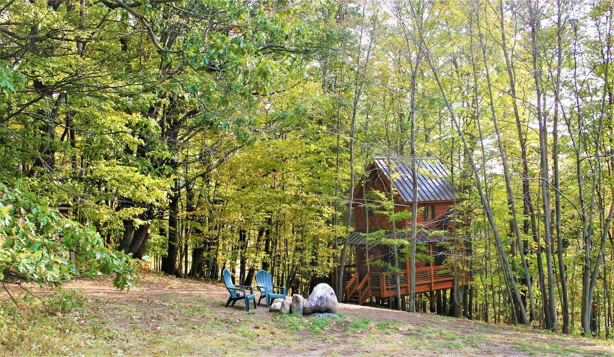 Out On A Limb - A Magical Treehouse Cabin Experience