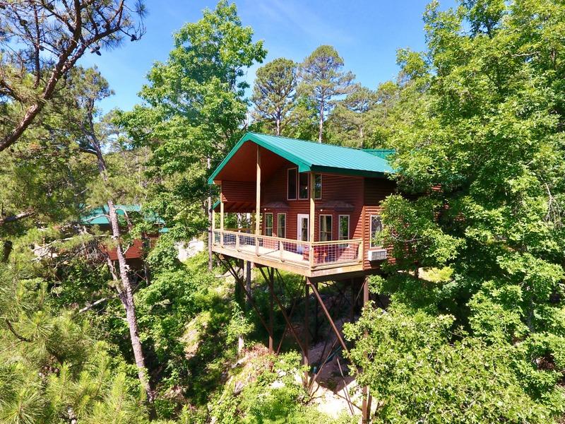 THE REDBUD TREE HOUSE