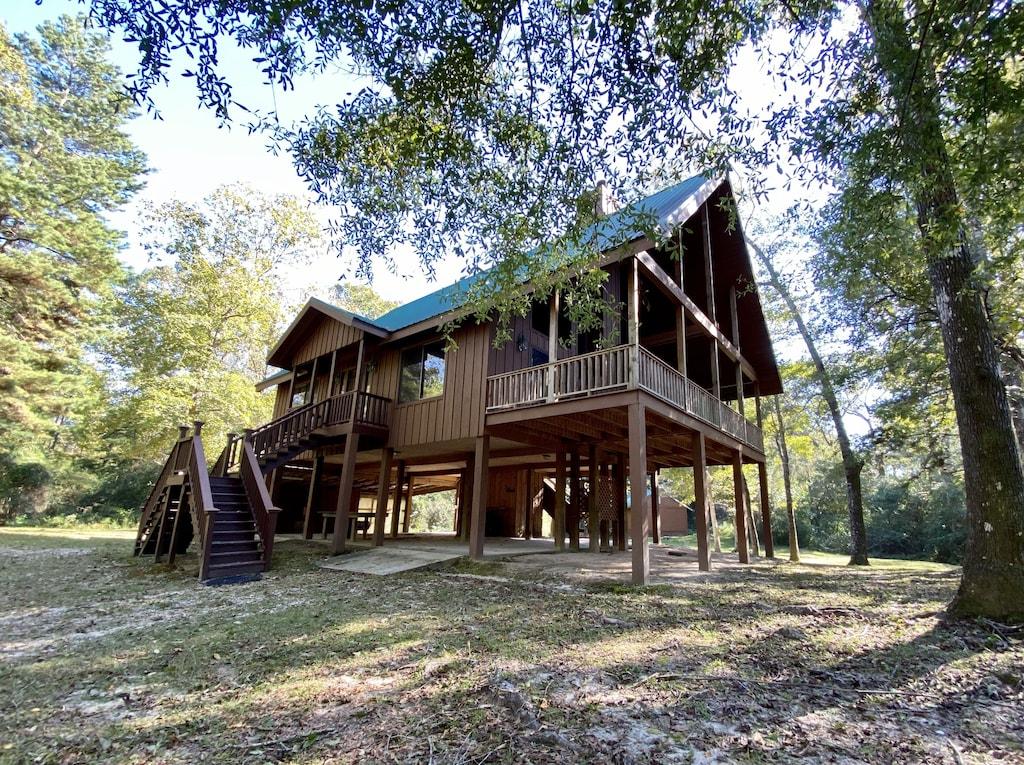 Creekside Cabin Treehouse Mississippi Rental