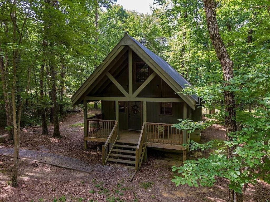 Mountain Alabam Treehouse Cabin Rental
