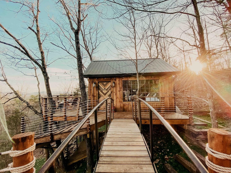 Mountaintop Luxury Treehouse at Selah Ridge Airbnb