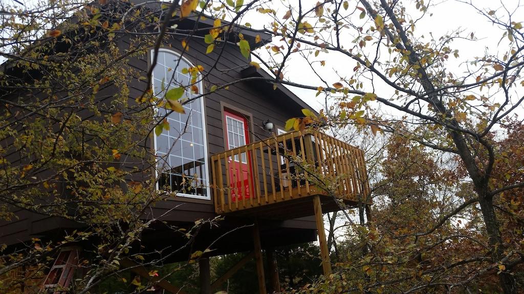 Romantic Treehouse in Okalahoma