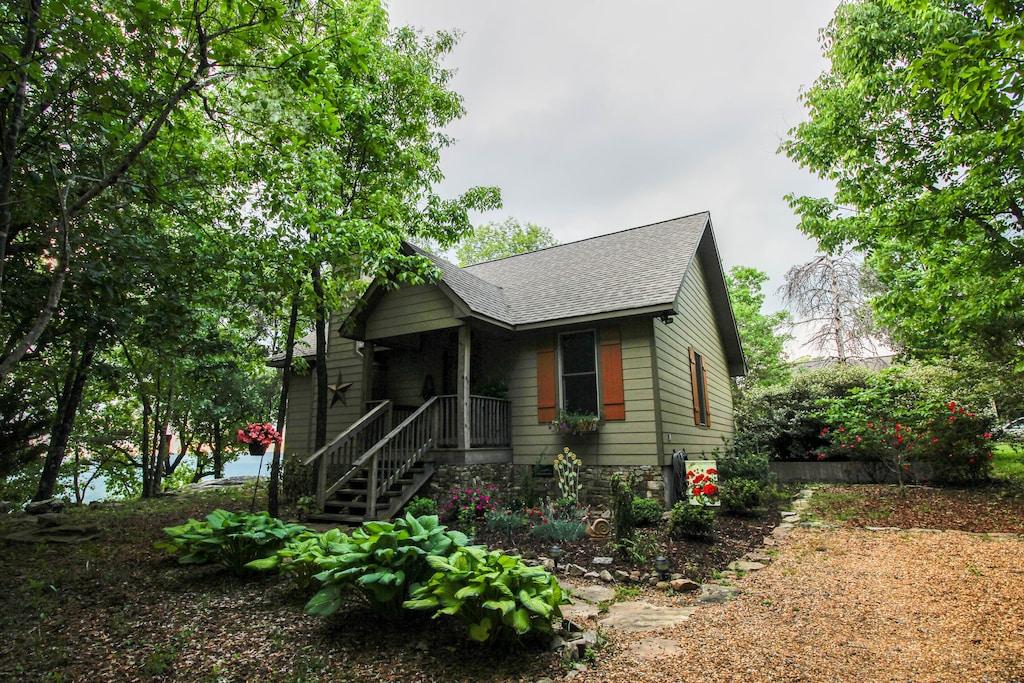 Stoneridge Cottage II Vacation Rental