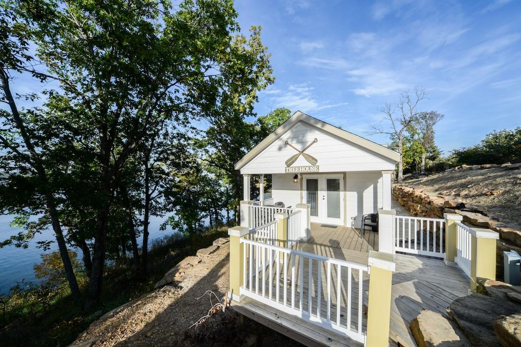 Tree House Cabin on Skiatook Lake Oklahoma
