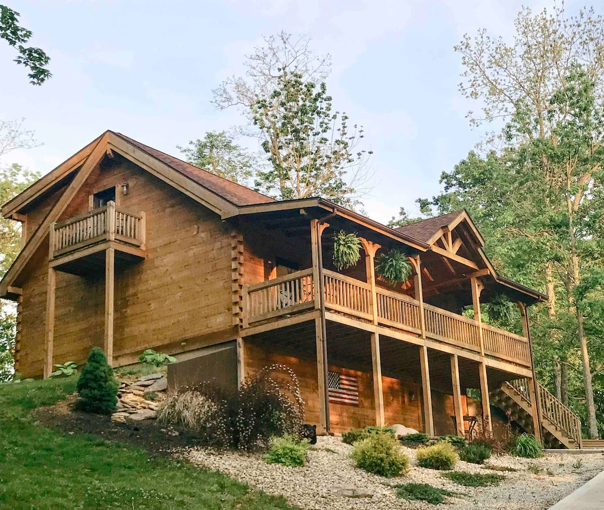 Treehouse Cabin On The Ridge