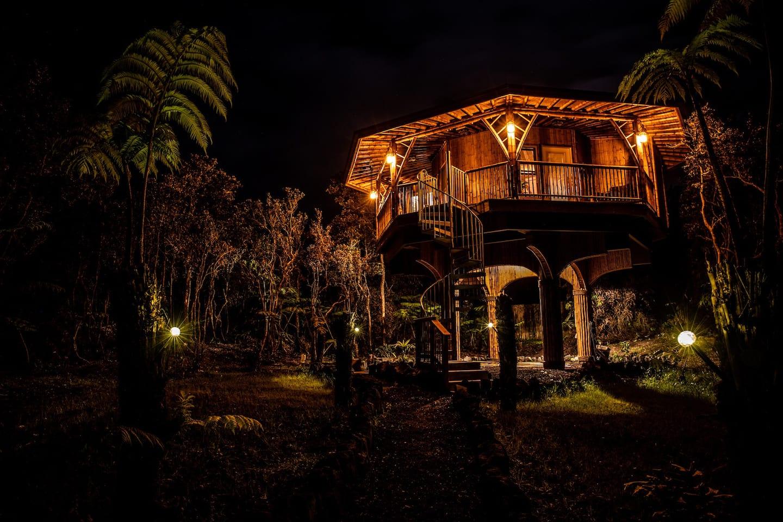Bamboo Treehouse Rental Hawaii