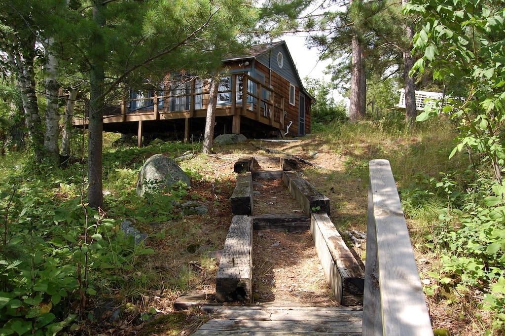 Cabin Treehouse Minnesota