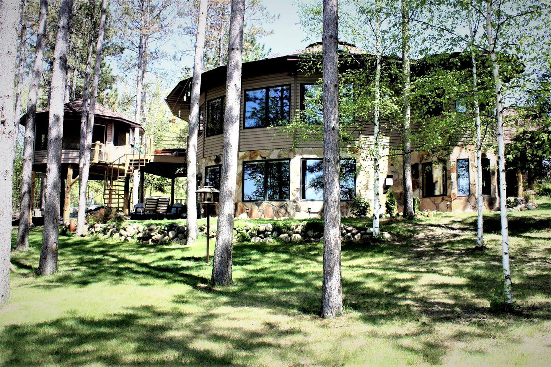 Romantic Tree House Rental in Minnesota