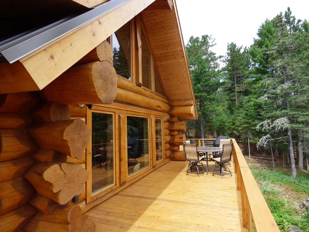 Treehouse Cabin Minnesota Rental