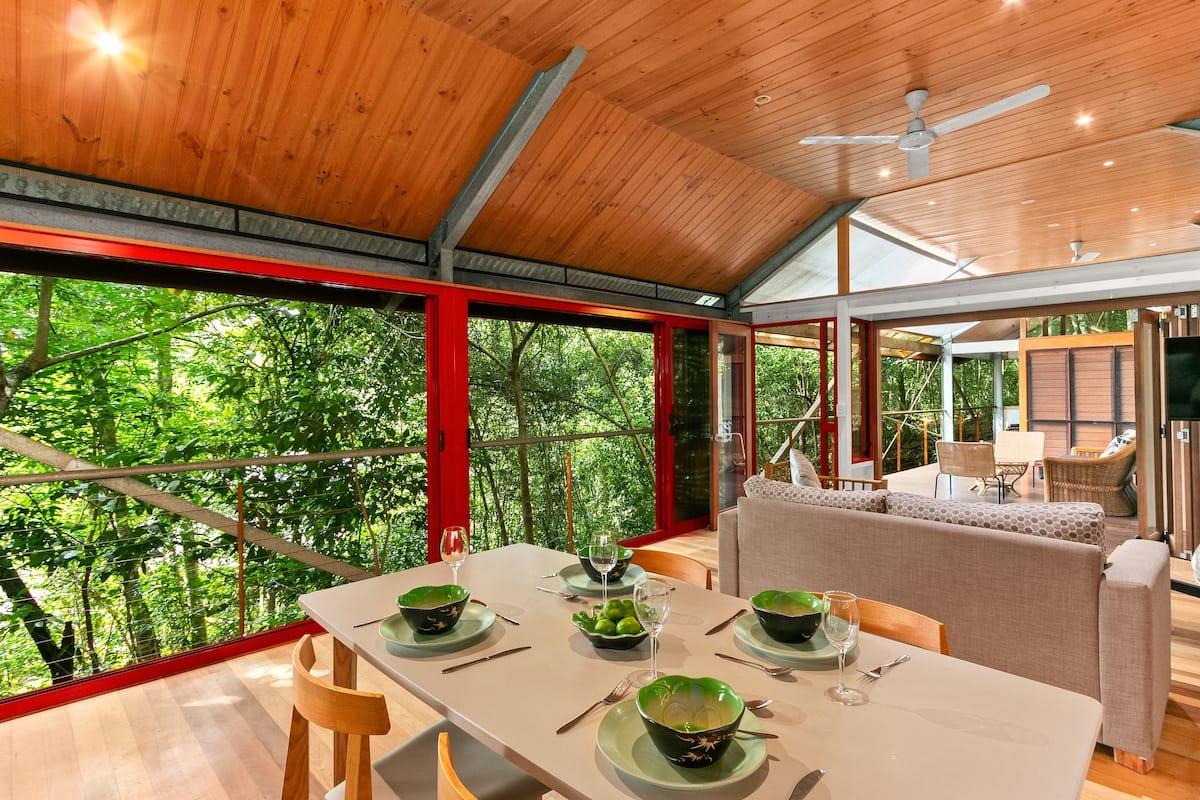 Stoney Creek Treehouse in Queensland Australia