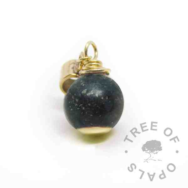 vampire black resin sparkle mix solid gold cremation ashes pearl. European setting for Chamilia and Pandora bracelets - ashes Pandora charm