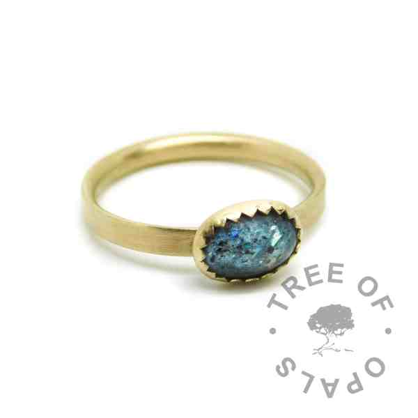 Solid 14ct gold umbilical cord ring teal, brushed band. Mermaid teal resin sparkle mix and placenta powder. Mockup