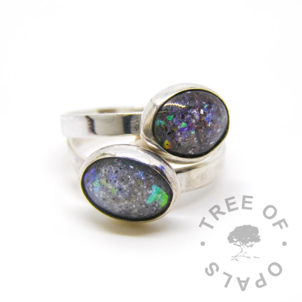 cremation ash ring duo aegean blue on shiny bands. Pro bono baby loss ring Tree of Opals