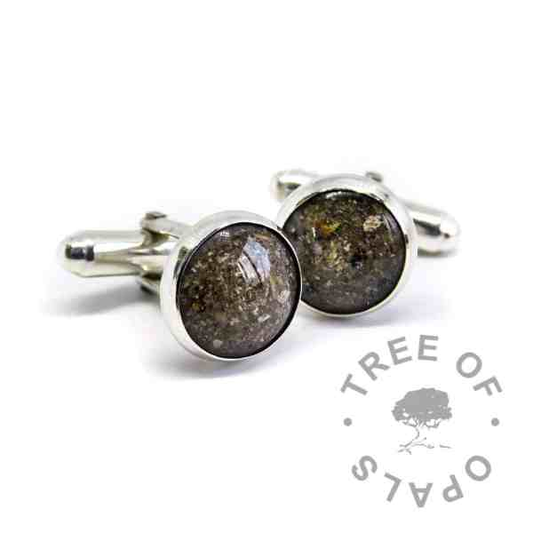 classic cremation ash cufflinks natural dark ashes and clear resin in solid silver setting