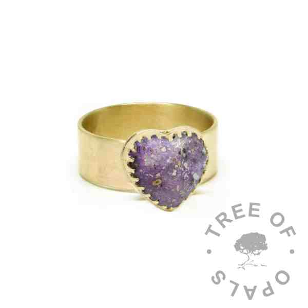 gold ashes heart ring wide band, 9ct gold brushed band, orchid purple resin sparkle mix. Mockup