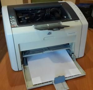 Принтер HP Laserjet 1022n печатает кучу листов
