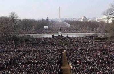 44-wide-crowd